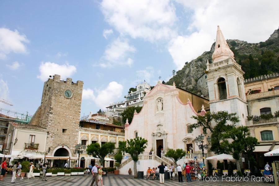 Un giro a piedi a Taormina
