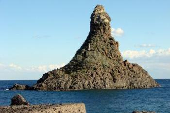 SHORE EXCURSIONS FROM TAORMINA TO MOUNT ETNA AND THE CYCLOPS COAST