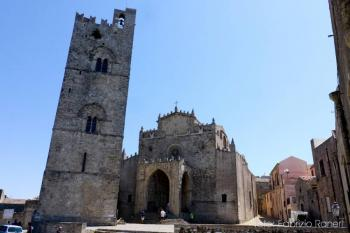THE HISTORY AND SEA IN SICILY